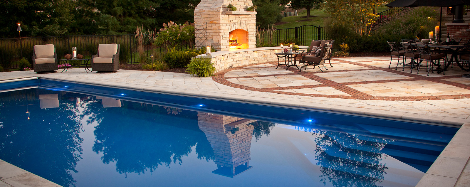 Fiberglass pools jackson vinyl liner pools jackson for Pool design jackson ms